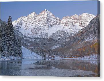 Canvas Print featuring the photograph Dawn At Maroon Bells 2 by Jemmy Archer