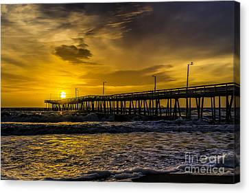 Dawn At The Virginia Pier Canvas Print by Nick Zelinsky