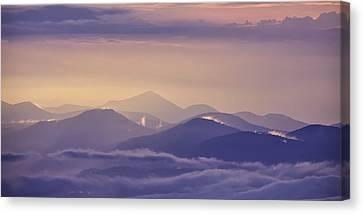 Dawn Breaks Canvas Print