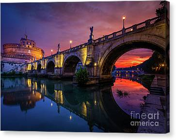 Dawn By The Tiber River Canvas Print by Inge Johnsson