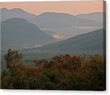 Dawn In The White Mountains Canvas Print by Juergen Roth