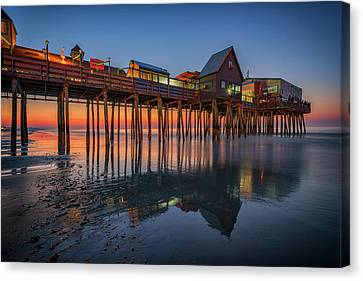 Canvas Print featuring the photograph Dawn On Old Orchard Beach by Rick Berk