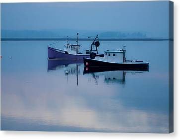 Canvas Print featuring the photograph Dawn Rising Over The Harbor by Jeff Folger