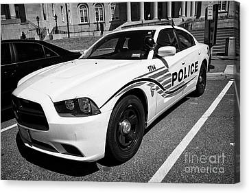 dc metropolitan police patrol cruiser car judiciary square Washington DC USA Canvas Print