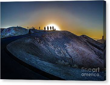 Death Valley National Park Mesquite Flat Zarembski Point Canvas Print by Timothy Kleszczewski