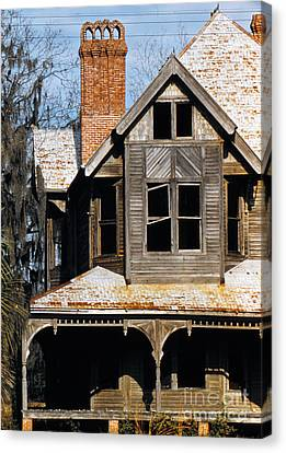 Decaying Victorian House In Florida, Photographed In 1955 Canvas Print by The Harrington Collection