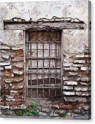 Decaying Wall And Window Antigua Guatemala 3 Canvas Print by Douglas Barnett