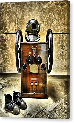 Deep Diver Equipment In Vintage Process Canvas Print by Pedro Cardona Llambias