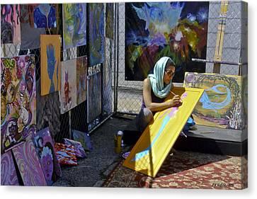 Deep Elum - Artist At Work  Canvas Print by Allen Sheffield