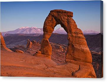 Delicate Arch At Dusk Canvas Print by Andrew Soundarajan