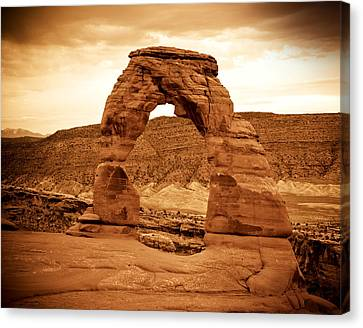 Delicate Arch Canvas Print by Mickey Clausen