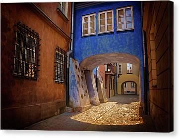 Delightful Dawna Street Warsaw  Canvas Print by Carol Japp