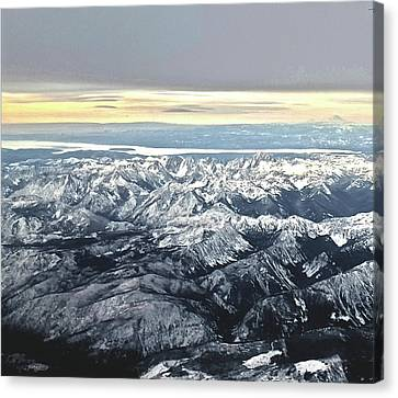 Expansive Mountain Beauty  Canvas Print