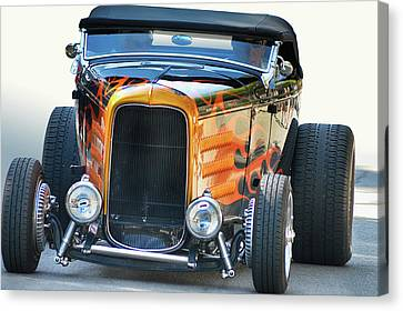 Canvas Print featuring the photograph Deuce Head-on by Bill Dutting