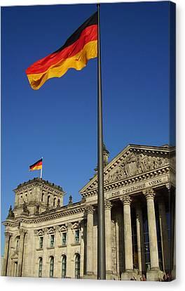 Deutscher Bundestag Canvas Print by Flavia Westerwelle