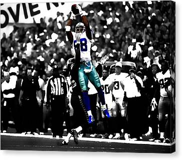 Dez Bryant Canvas Print by Brian Reaves