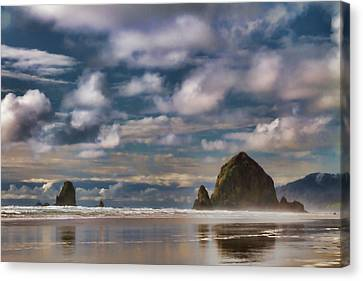 Digital Painting Of Cannon Beach Canvas Print