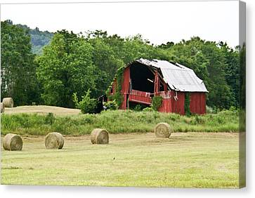 Dilapidated Old Red Barn Canvas Print by Douglas Barnett