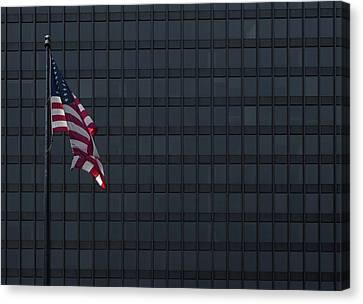 Dirksen Federal Building Chicago Canvas Print by Steve Gadomski