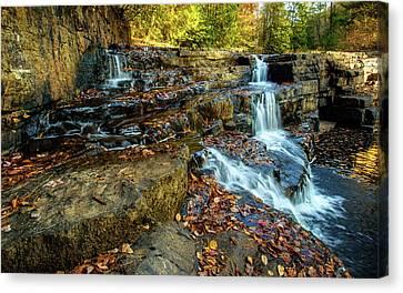 Dismal Creek Falls Horizontal Canvas Print