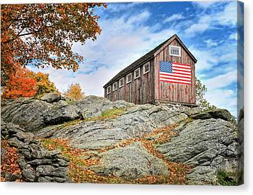 Display Of Colors - Roxbury Barn  Canvas Print