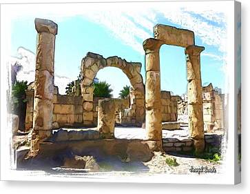 Canvas Print featuring the photograph Do-00408 Colonnades In Tyr by Digital Oil