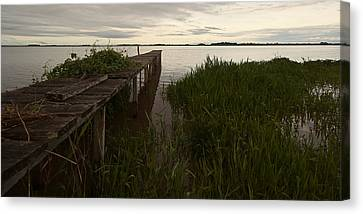Canvas Print featuring the photograph Dock In The Morning by Ron Dubin