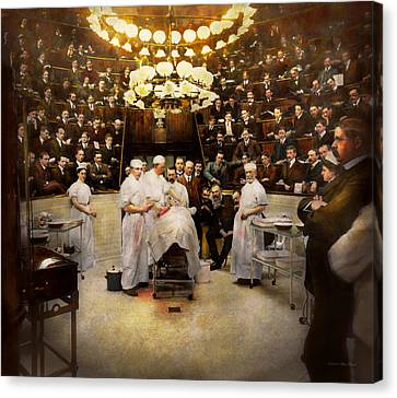 Doctor - Surgeon - Standing Room Only 1902 Canvas Print by Mike Savad