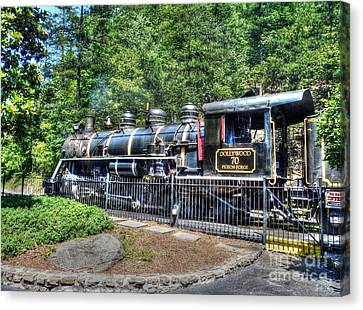 Dollywood 70 Pigeon Forge Canvas Print by D S Images