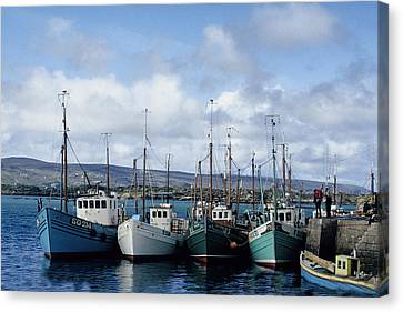 Donegal Fishing Port Canvas Print