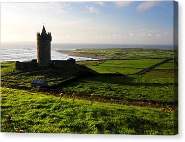 Doonagore Castle Co.clare Ireland Canvas Print by Pierre Leclerc Photography