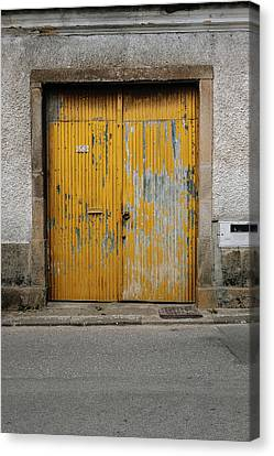 Canvas Print featuring the photograph Door No 152 by Marco Oliveira