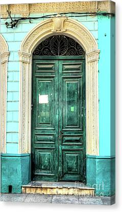 Doors Of Cuba Green Door Canvas Print by Wayne Moran