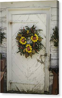 Doors Of Williamsburg 47 Canvas Print by Teresa Mucha