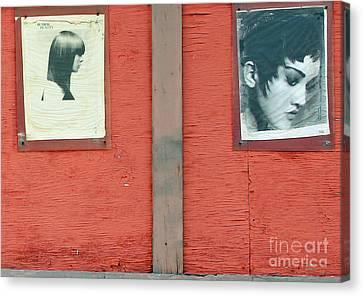Dos Femme Canvas Print