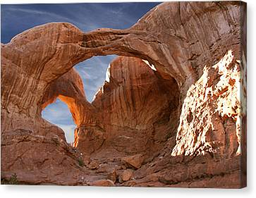 Double Arch In Late Afternoon Canvas Print by Mike McGlothlen