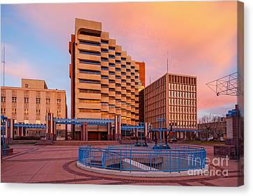 Downtown Albuquerque Harry E. Kinney Civic Plaza And Bernalillo County Clerk Office - New Mexico Canvas Print