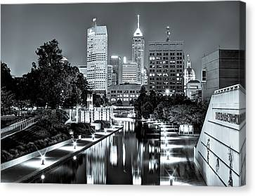 Downtown Indianapolis Skyline - Black And White Canvas Print