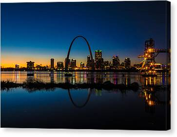 Downtown St. Louis And The Gateway Arch Canvas Print by Matthew Chapman