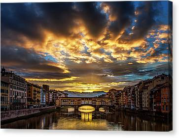 Drama Over Ponte Vecchio Canvas Print by Andrew Soundarajan
