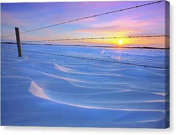 Canvas Print featuring the photograph Drifting Away by Dan Jurak
