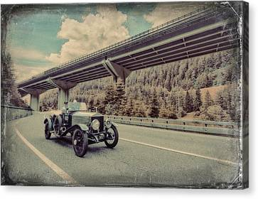 Drive To The Brenner Pass Canvas Print by Duschan Tomic