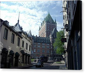 Canvas Print featuring the photograph du Fort Chateau Frontenac by John Schneider