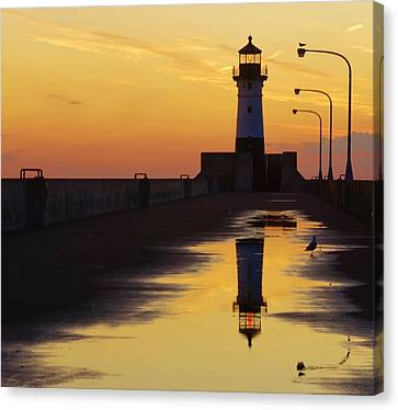Duluth North Pier Lighthouse Canvas Print