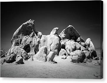 Canvas Print featuring the photograph Eagle Rock Infrared by Alexander Kunz