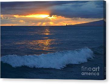 Canvas Print - Early Evening Sunset Waikiki Hawaii - 13 by Mary Deal