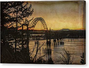 Early Morning At The Yaquina Bay Bridge  Canvas Print