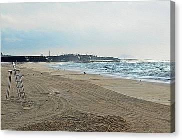 Early Morning Beach Silver Gull Club Canvas Print