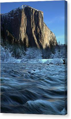 Canvas Print featuring the photograph Early Morning Light On El Capitan During Winter At Yosemite National Park by Jetson Nguyen