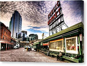Early Morning Market Canvas Print
